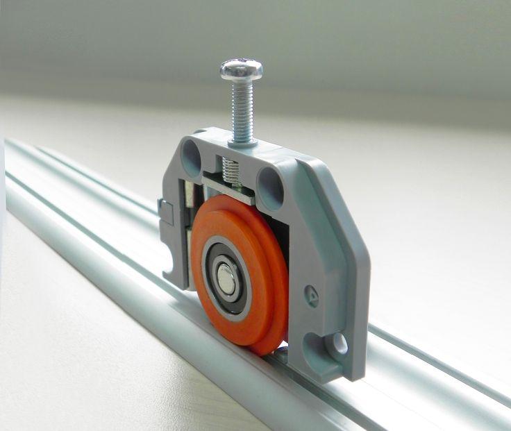 CD 50S: corredera al piso para puertas de closet de hasta 50 Kg. de instalación sobrepuesta.