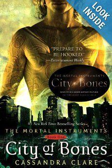 City of Bones (The Mortal Instruments, Book 1): Cassandra Clare: 9781416955078: Amazon.com: Books