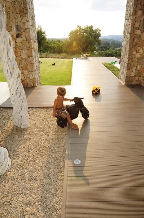 Eva-tech Merbau colour in the sunlight. Magical! http://www.eva-tech.com/en/