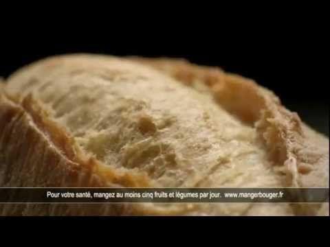 ▶ Pub McDo 2012- French Mcdonalds Ad - YouTube - McDonald's (2012) : Le McBaguette arrive chez McDonald's (avec la chanson « C'est si bon ».  Pain cuit sur pierre, sauce à la moutarde, salade, Emmental français, le McBaguette arrive chez McDonald's ».