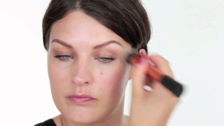 Expert Face Brush Tutorial   Real Techniques - YouTube: pressed powder foundation, medium and full coverage, very little foundation required.