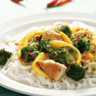 Try these healthy Thai recipes for dinner tonight. These Thai recipes are full of flavor and you don't need a pantry full of exotic ingredients to prepare them either! #dinner #thai #eatingwell