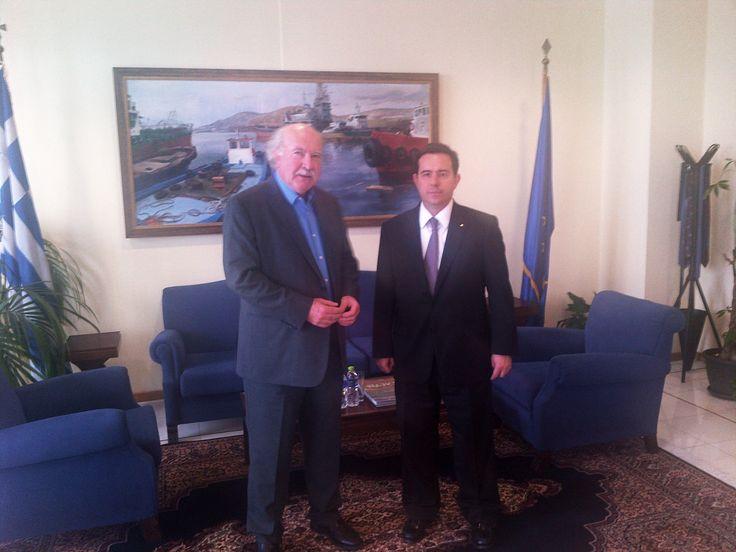 Συνάντηση Ν. Μηταράκη με τον Πρόεδρο του ΟΛΠ: Η ενίσχυση των υποδομών (λιμάνι, κρουαζιέρα) θα έχει ουσιαστικό αντίκτυπο στην Εθνική Οικονομία - http://goo.gl/NqIadB