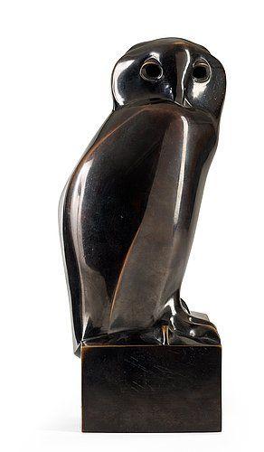"Francois Pompon France 1855-1933 ""Hibou""."