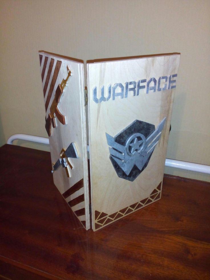 Нарды по спец заказу, другу на день рождения. Материал фанера, сделано всё ручным лобзиком, ни какого электро-инструмента. Лаком обработаю позже. Нарды выполнены в стиле знаменитой компьютерной игры Warface. Кого заинтересовало могу сделать ещё, цена 3000р.