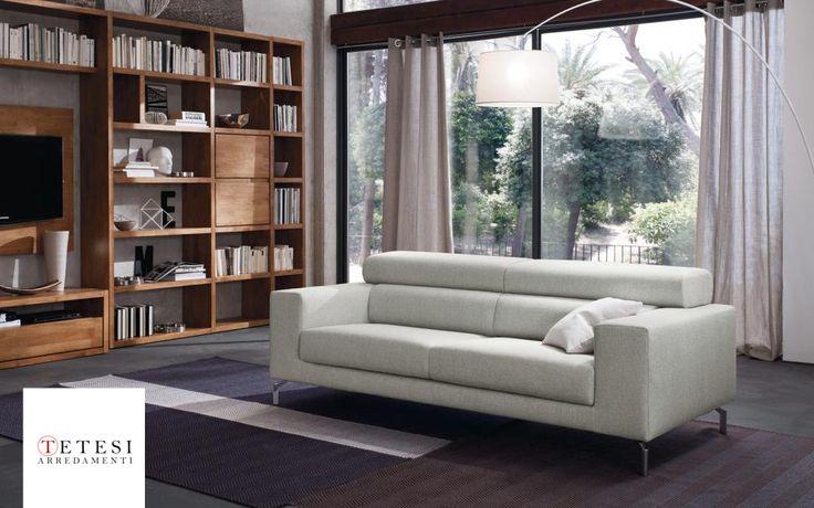 Fai dominare la leggerezza nel tuo #soggiorno grazie a Fred, il divano slanciato perfetto per arredare il centro stanza. Dotato di alti piedini in acciaio è una soluzione #elegante, #componibile in tante soluzioni diverse. Dotato di poggiatesta reclinabile in 15 diverse posizioni, questo sofà unisce la #bellezza del design ad una #comodità superiore. MADE IN ITALY