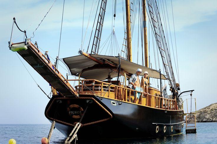 The Yacht Prince de Neufchatel - Kivotos Mykonos