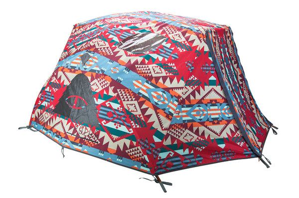 Poler Outdoor 2-man tent. Who knew camping could look so good?!