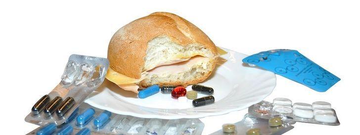 """La última memez de la pseudociencia: """"Las vacunas tienen gluten"""""""
