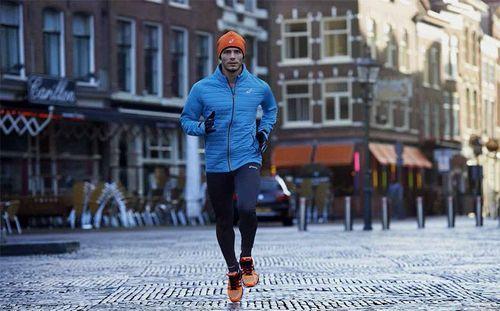 Обзор ветрозащитной одежды для бега. Куртка Asics Running Speed Hybrid Jacket Asics Speed Hybrid Jacket - это отличная беговая куртка на осенний и зимний сезон.  #Asics #AsicsRunning #SpeedHybridJacket #AsicsRunningSpeedHybridJacket #Асикс #JapanEngineered #professionalsport #профессиональныйспорт #интернетмагазин #russiansport #кроссовки  #ветрозащитнаяодежда #куртка #дляспорта #длябега #бежать #running