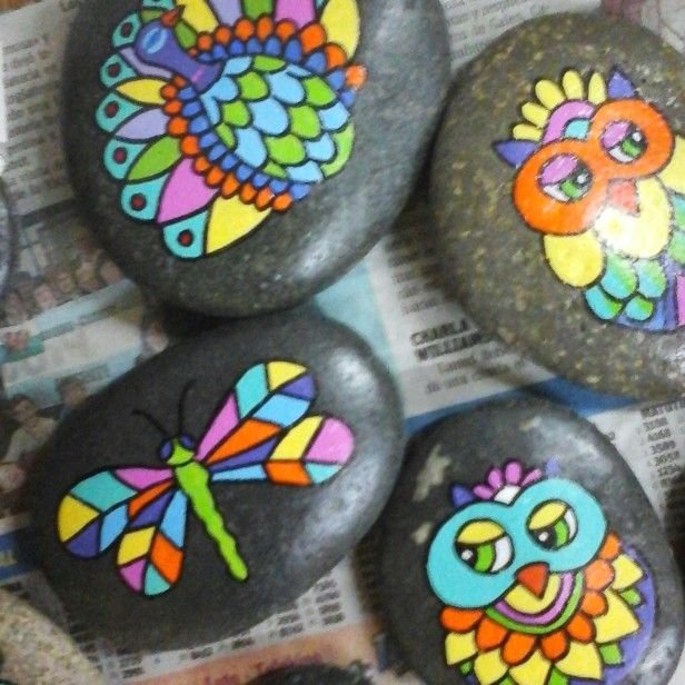 Stone art. Piedras pintadas a mano. Animales. Colourful  M♡ https://www.instagram.com/melireu/