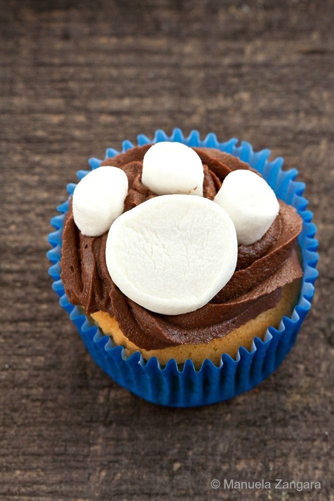 Paw Print Cupcakes - Paw Patrol cupcake idea!