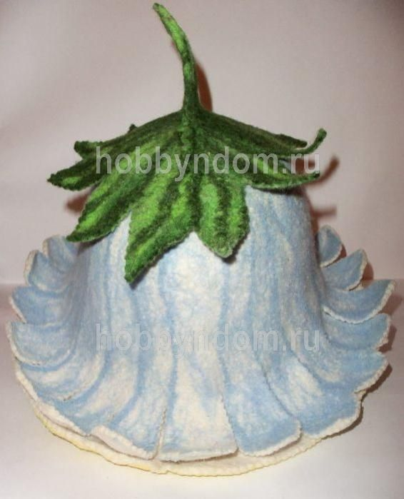 Tutorial on making a felt hat in the shape of this flower. Instructions are in Russian, but the photos are great.