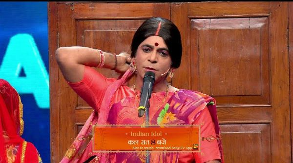 The much in news Sunil Grover is back on TV and very much as Rinku Bhabhi but not in The Kapil Sharma Show. He will be seen on the Indian Idol finale that will be aired this weekend on Sony TV. Ironically, it is on the same slot i.e. 9pm where The Kapil Sharma Show would air. However,... http://indytags.com/sunil-grover-back-on-sony-tv-but-not-on-the-kapil-sharma-show-view-pic/
