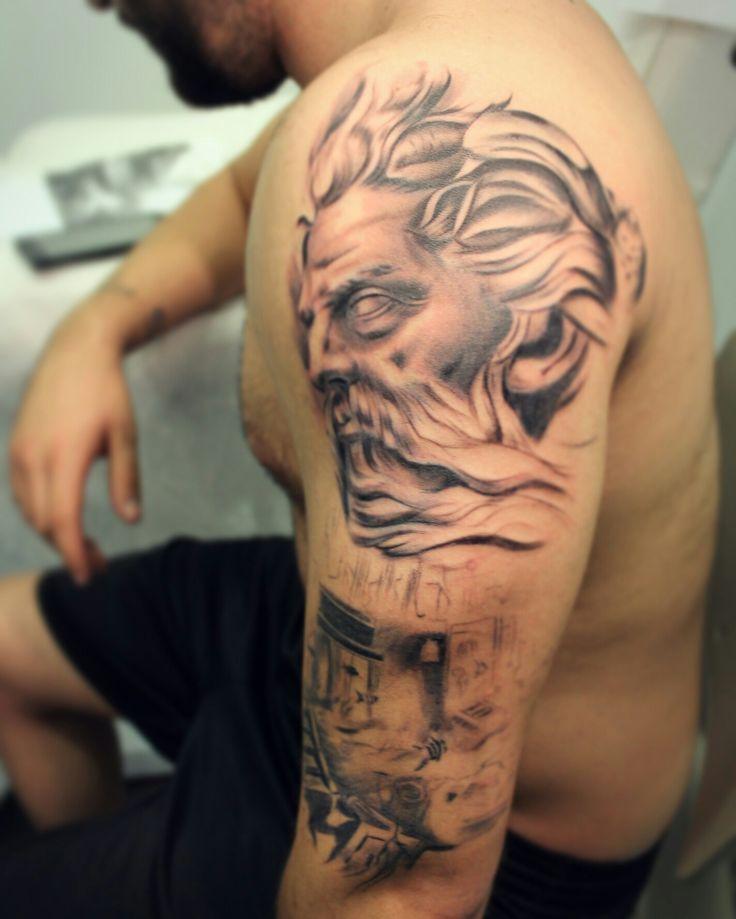 Neptuno tattoo in process.