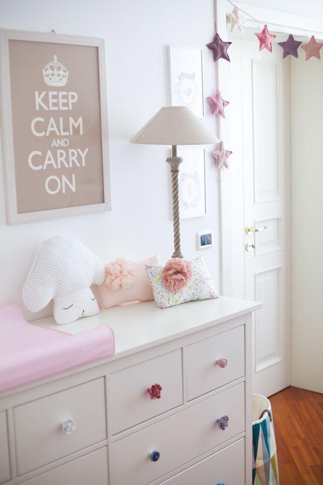 Idee cameretta beb design casa creativa e mobili ispiratori for Idee pareti cameretta neonato