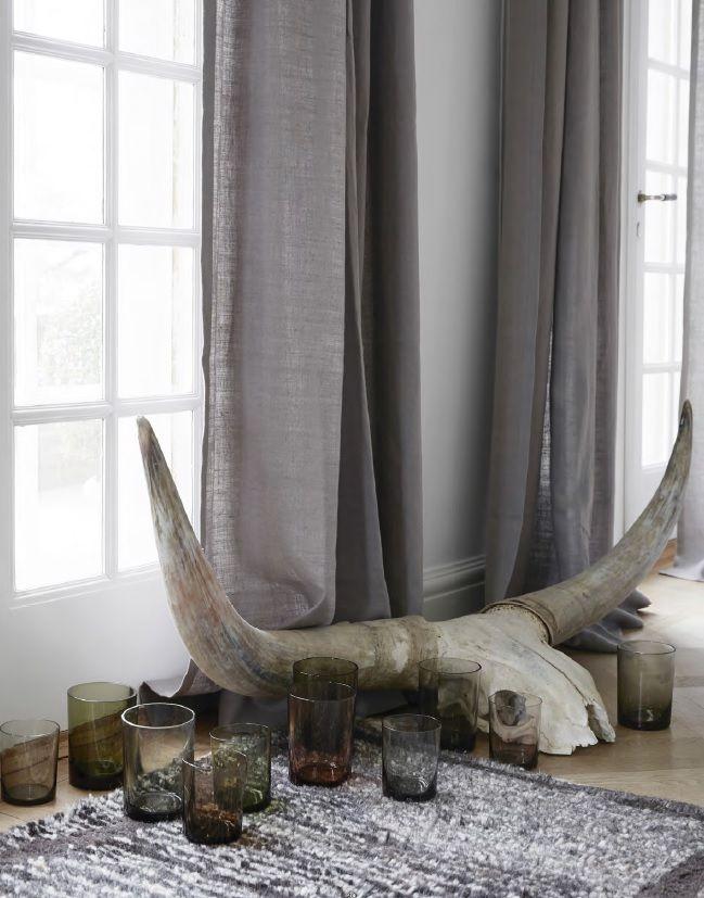 les 25 meilleures id es de la cat gorie tete de buffle deco sur pinterest artisanat de vache. Black Bedroom Furniture Sets. Home Design Ideas