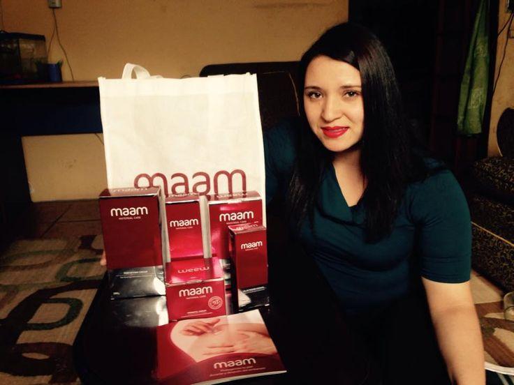 Ella es Joanny Tapia Bustos, de Santiago. Fue la ganadora del Concurso día de la Mamá mes de mayo. Ganó un completo set de Cremas maam.
