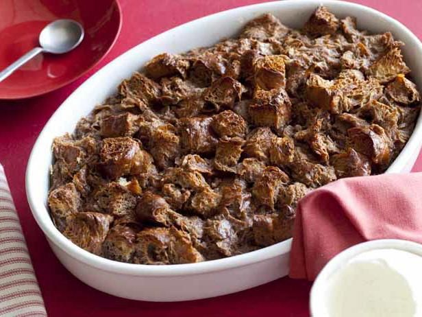 Using croissants as the bread in this Chocolate Croissant Bread Pudding is even better than you might imagine: the chocolate custard seeps right in between the layers of flaky pastry.