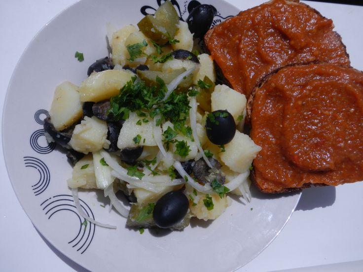 Salata orientala Salata de vinete cu ardei copti