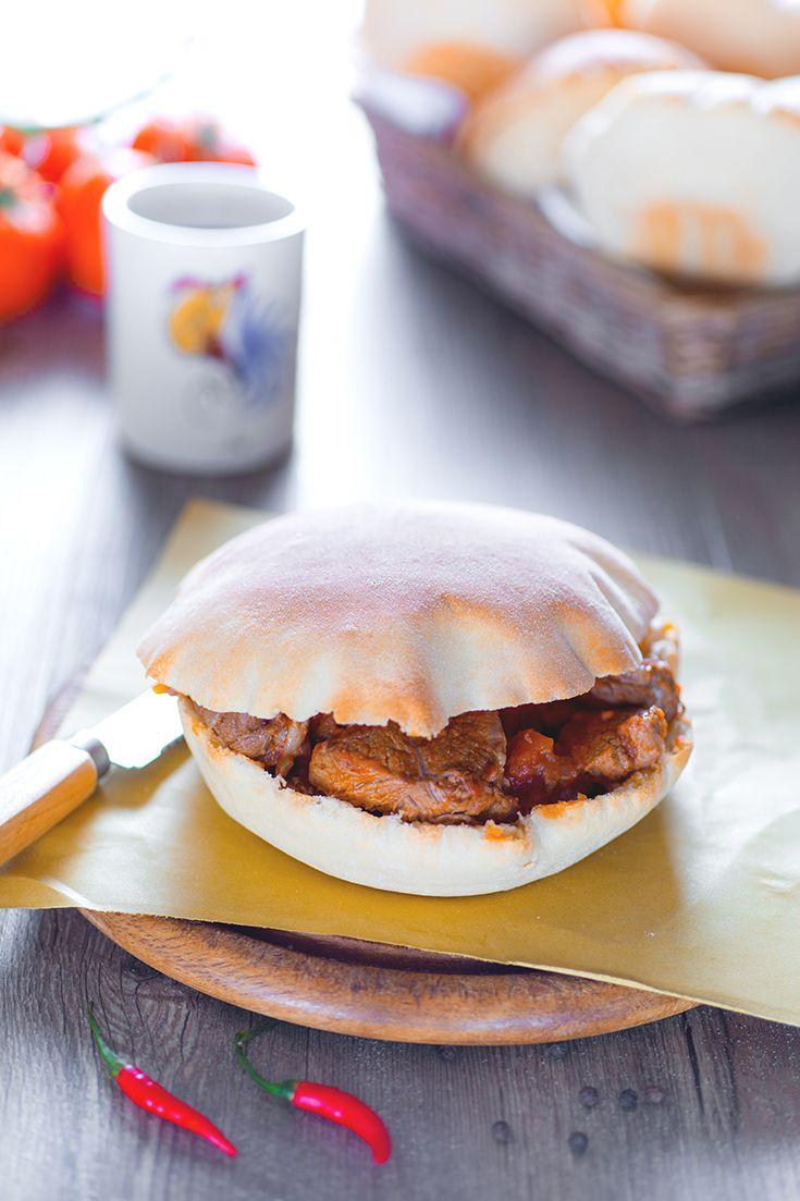 La meravigliosa Puglia e il Salento per assaporare una delle  ricette tradizionali di questa terra: la puccia salentina!