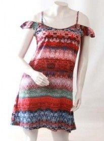 Vestido de Fibrana estampado , excelente combinación de colores . Perfecto para este verano 2017