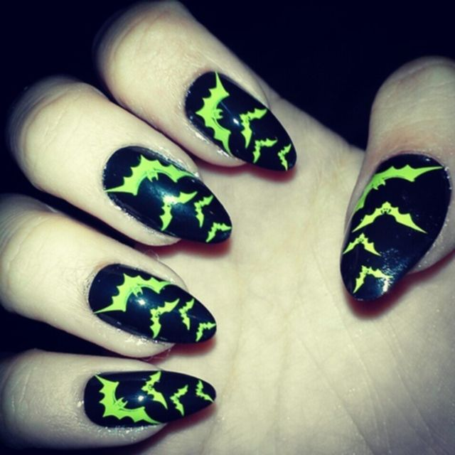 Halloween-bat-nails-art-designs-ideas - 38 Best Halloween Bat Nail Art Images On Pinterest Halloween