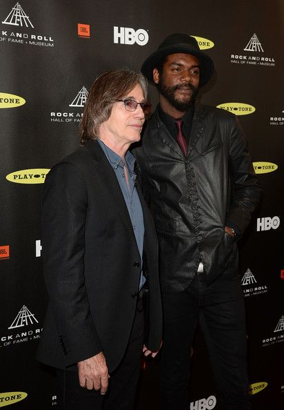 Jackson Browne Photos - Musicians Jackson Browne (L) and Gary Clark Jr. arrive…