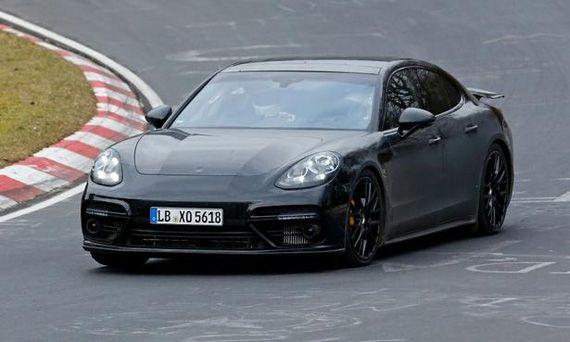 Шпионские фотографии седана Porsche Panamera / Порше Панамера