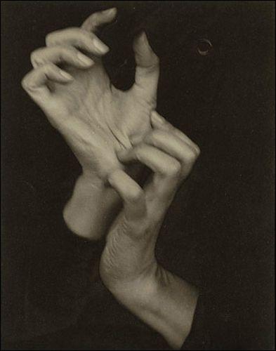 Georgia O'Keeffe (Hands). Alfred Stieglitz, 1919.
