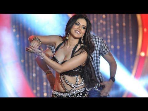 Sunny Leone's 'Laila Teri Le Legi' Live Performance   Shootout At Wadala