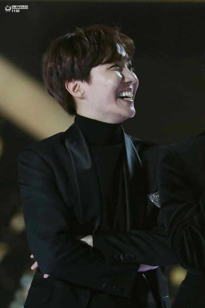 J Hope Seoul Music Award 2018 Bts Jung Hoseok Jhope Pinterest