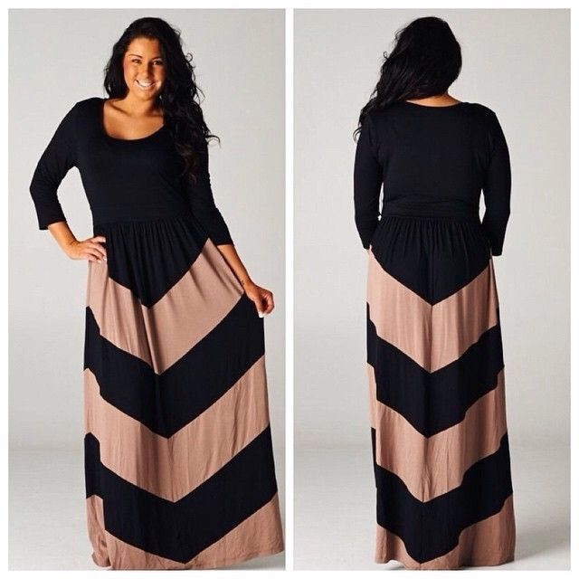 Gorgeous plus size chevron print maxi. Black and Tan, thick material. Perfect fall maxi! Very flattering chevron print.