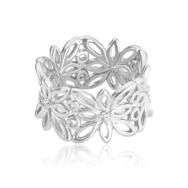 BLOSSOM ring with flowers and inserted with white zirconias in the center of each flower in matt white sterling silver - Danish design jewelry by Izabel Camille. Price: EUR 85 No. A4019sw www.izabelcamille.com
