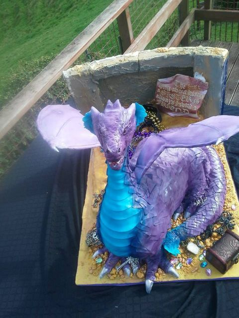How To Make A Dragon Cake With Freestanding Outspread Wings - by Take The Cake @ CakesDecor.com - cake decorating website