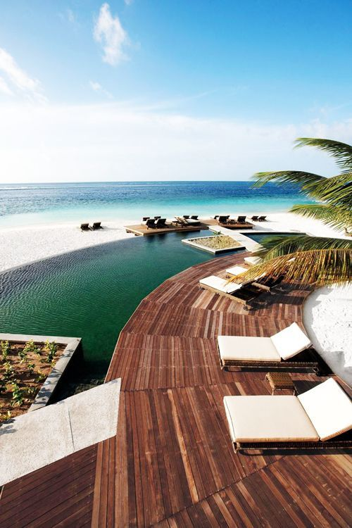 Constance Moofushi, Maldives - Top 10 Most Romantic Private Islands