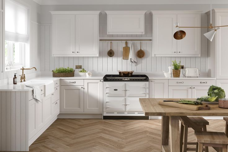 Traditional Shaker Farmhouse Kitchen with Tongue and ...