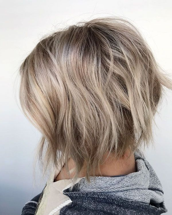 Short Layered Blonde Hair In 2020 Kurze Frisuren Fur Dickes Haar Frisuren Kurz Styling Kurzes Haar