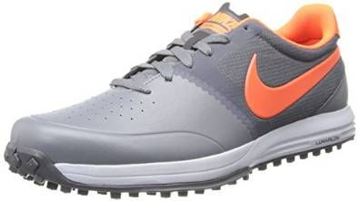 These classic looking mens lunar mont royal high performance golf shoes by Nike offer lightweight lunarlon cushioning in the heel and intergrated traction lugs