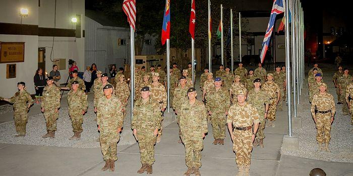 DECORAŢII PENTRU MILITARII ROMÂNI DIN DETAŞAMENTUL ROU AIAT • Baza militară NKC (New Kabul Compound), Afganistan, a fost gazda ceremoniei de medaliere a detaşamentului român şi danez din cadrul AIAT (Army Institutional Advisory Team)