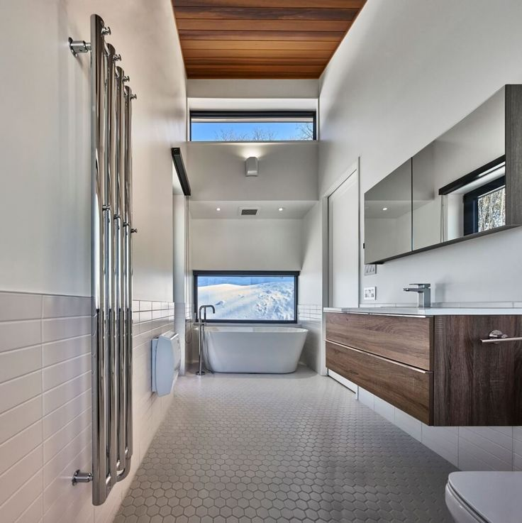 Laurentian ski chalet by robitaille curtis
