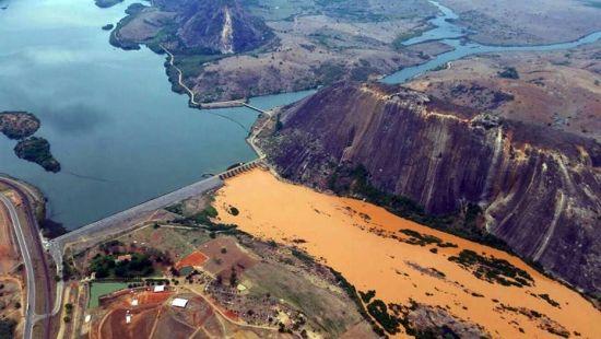 SECOM EShttp://brasil.estadao.com.br/noticias/geral,desastre-em-mariana-mg-custara-ate-r-14-bi--dizem-tecnicos,10000002170#