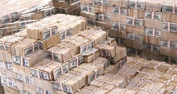 Lottery news from Chicago: the biggest jackpot in history was won. The sum is unbelievable - $587.500.000. Now it is time to search all winners.