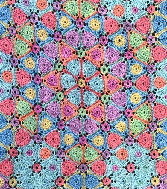 Kaleidoscope Crochet Afghan/Blanket PDF by AmandaPerkinsDesigns #crochetblanket #crochetafghan