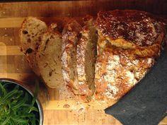 Naturlig sunn: Eltefritt, langtidshevet brød i leirgryte