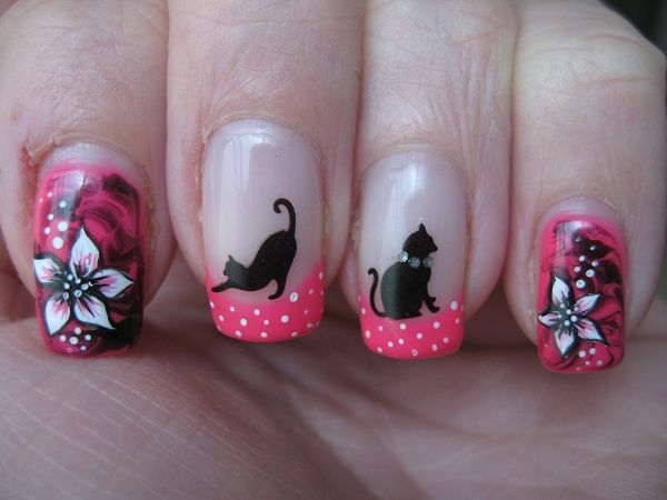 Uñas pintadas con gatos y flores - Cat and roses nail design