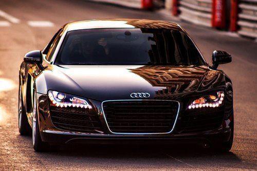Audi R8, black