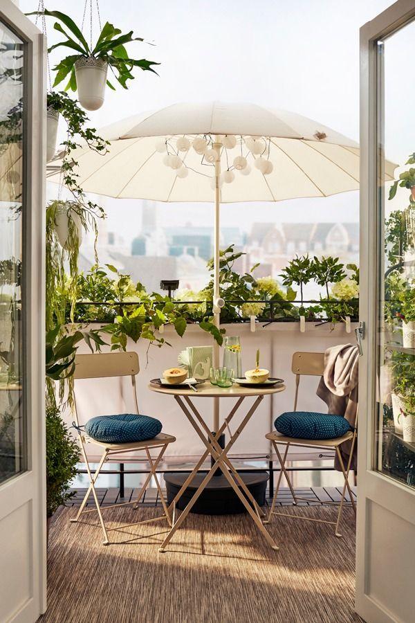 Balcón perfecto para desayuno para dos.