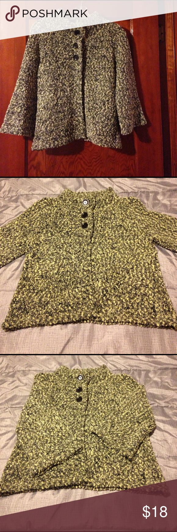 Evan-Picone Cardigan Sweater Soft Evan-Picone Cardigan Sweater. Variegated Greens, 3/4 length sleeves with 3 buttons at top - can be worn buttoned or unbuttoned. Excellent condition. Evan Picone Sweaters Cardigans