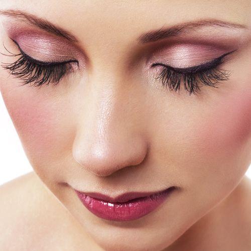 ピンクはあの寒色と!新鮮可愛い「アイシャドウの組み合わせ」3つ - 美 ... 「いつも ...